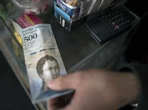 New Banknotes Begin Circulating As Inflation Soars Into Triple Digits